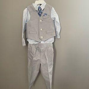Nautica Boys 4 piece Suit Set